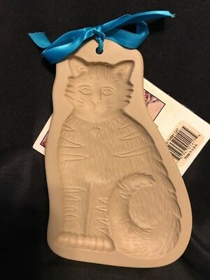 Tabby Cat Brown Bag Cookie Art Mold 1993 Hill Design WITH RECIPE BOOK