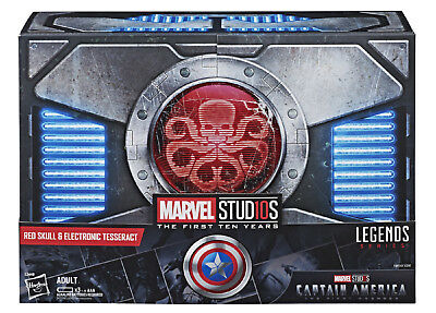 SDCC 2018 Hasbro Exclusive Marvel Legends Red Skull Figure Electronic Tesseract