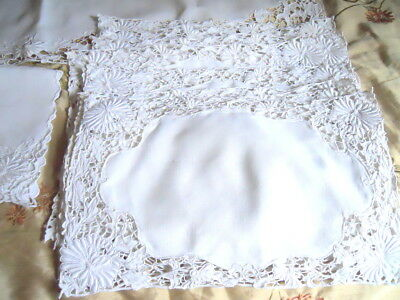 Lot of 21 Vintage Matching Floral Embroidered Cutwork Table Linens