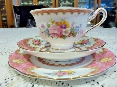 ROYAL ALBERT LADY CARLYLE TEA CUP SAUCER & PLATE TRIO 1940s+