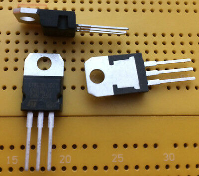 15A 2x 30V Dual Schottky Diode STPS30L30CT Common Cathode TO-220