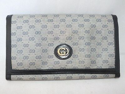 83094dd9606263 Gucci Navy GG Plus Monogram Kisslock Womens Wallet Italy Vintage 80s 7