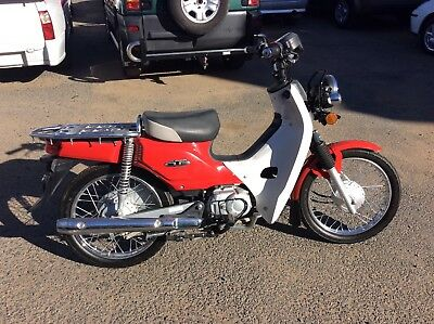 Honda super cub 110 postie bike very low kms