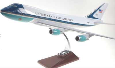 UNITED STATES AIRFORCE 1 USAF AIR LARGE PLANE MODEL ON STAND APX 47cm SOLID