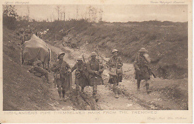 """WW1 Highlanders Pipe themselves back from the trench """"Daily Mail"""" War Pictures"""