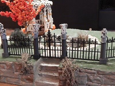 .GARGOYLE Halloween Mansion FENCE & Gate, Dept 56 Lemax Village, wrought iron