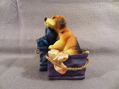BEAGLE Dog in the LAUNDRY BASKET BAG Decorative FIGURINE