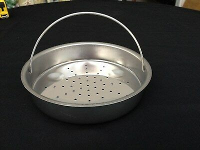 Universal steaming basket or strainer Heavy Duty Stainelss Steel with Handle