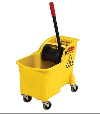 Rubbermaid Fg738000yel Tandem 31 QT Bucket and Wringer Combo