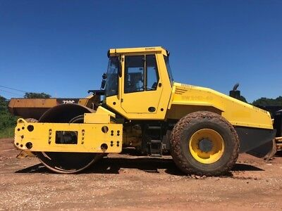 2011 Bomag 211D-40 Smooth Drum Compactor Cab AC Vibratory Roller