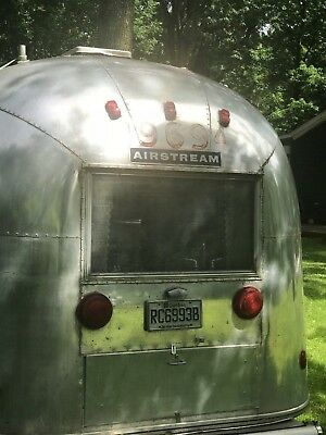 Roulotte Antique Safari Land Yacht 1964 Vintage Trailer