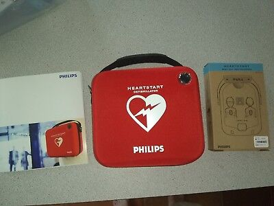 Philips HeartStart Defibrillator AED Model #M5068A Needs Battery and Pads