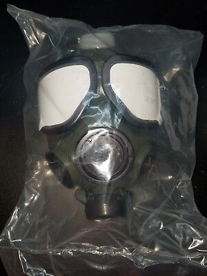 US MILITARY M-40 Gas Mask, New in bag