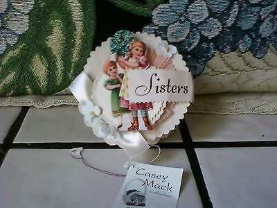 Bethany Lowe  box  CONTAINER pressed paper with vintage image SISTERS