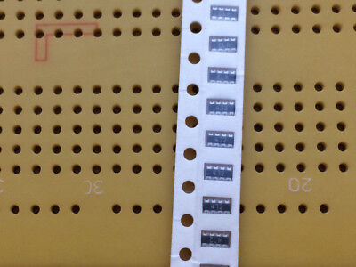 10 33 2.2k 4.7k 1206 SMD 4 Isolated Resistor Array Concave Surface Mount 0.25W