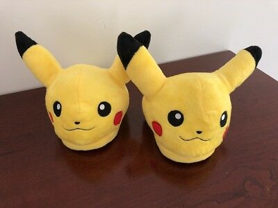 Pokemon Slippers Size LARGE Pikachu - Fits Size 6-8 Adult or Youth 4-6