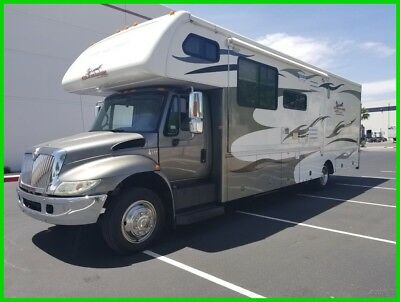 2008 Endura Max Gladiator 6371 International Diesel Super C Toy Hauler