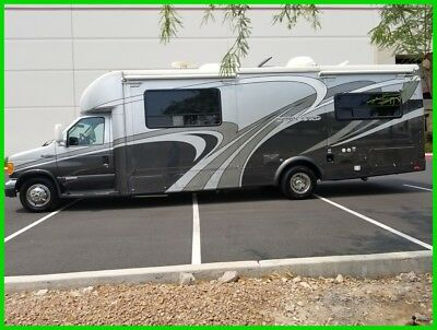 2007 Coachmen Concord Ford Diesel 275 DS Double Slide B+ Motorhome Class C host