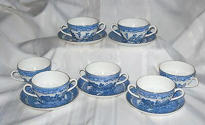 Vintage ROYAL GRAFTON Blue Willow Gold Trim 7 DBL Handle Footed Cups 5 Saucers