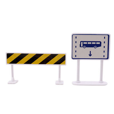 9Pcs Street Signs Play Toy Traffic Signs Play for Children Play Toy 6A