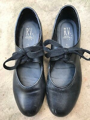 Girls Black Tap Shoes-Size 1 1/2