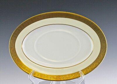 Very Fine Minton Buckingham Pattern Gravy Underplate