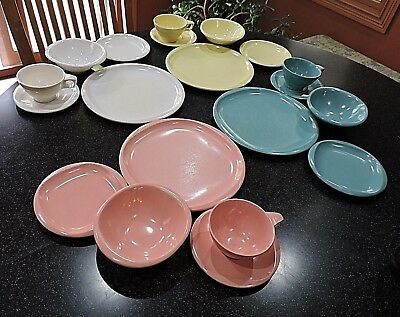 4 Vtg 1960s Boonton Ware Melmac 5 pc Dish Sets Yellow Pink White Blue