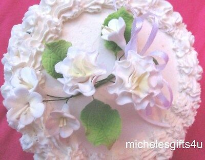 Cake Gum Paste Sugar White Carnations White Flowers Ribbon & Leaves
