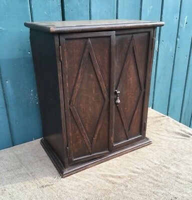 Vintage 1940's Oak Wall Mounted Fitted Display Cupboard Cabinet