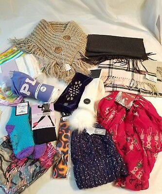 Mixed Lot Women's/junior's Mixed Fashions Accessories Scarf Socks Hats  4