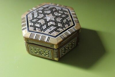 Vintage Middle Eastern Mosaic Inlay Jewelry Box Wood Mother Of Pearl Hexagon