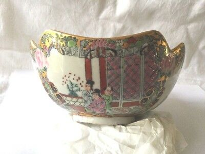 Vintage hand painted Famille Chinese ceramic porcelain china bowl dish gold rim
