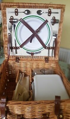 2 Person wicker picnic basket - never used.