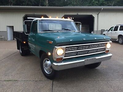 1968 Ford F-350 custom cab 1968 ford f350 flatbed with 23,000 original miles