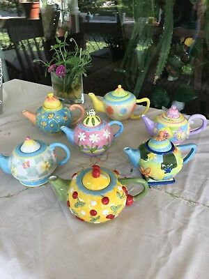 Oneida Decorative Tea Pots {Set of 7}