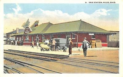 Niles OH Erie Railroad Station Train Depot Postcard