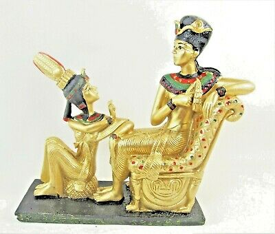 Ancient Egyptian King and Queen figurine statue