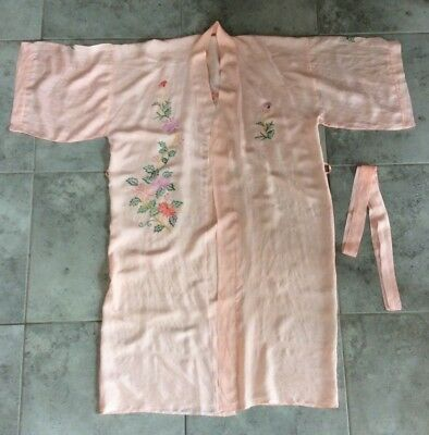Vintage kimono robe dressing gown embroidered 1940s 1930s 1950s pink tea rose