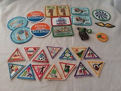 Big Lot of 27 VINTAGE 90s GIRL SCOUT Brownie Patches Badges & 4 pins California