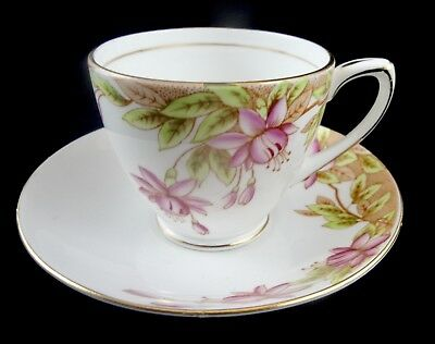 ROSINA England Bone China Cup and Saucer #4943 Queens Pottery