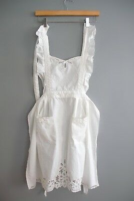 Vintage Women's White Cotton Lace Floral Ruffle Embroidered Full Apron Pockets