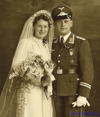 Port. Photo: NEWLYWED Studio Pic Luftwaffe Hauptmann w/ Medals, Sword & Bride!!!