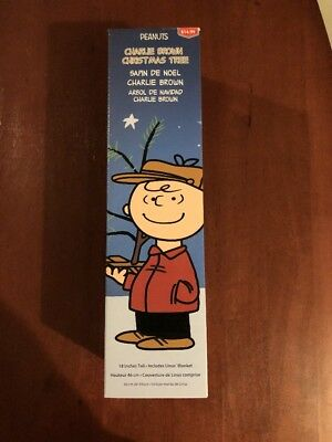 """Peanuts Charlie Brown Christmas X-Mas Tree 18"""" inch inches with Linus Blanket"""