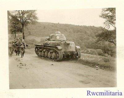 TERRIFIC! Wehrmacht Troops Pass Abandoned French Renault R-35 Panzer Tank!!!