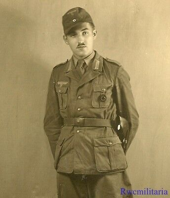 Lg. Port. Photo: RARE Pic Wehrmacht Afrika Korps Vet w/ Holster & Wound Badge!!!