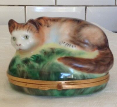 Limoges Pill / Trinket Box  Sitting Cat   Hand Painted