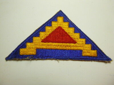A   WW 2 U S Army 7th Army Cut Edge Snow Back Patch