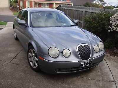Jaguar S-Type Luxury 10/2004 Drives Excellent And Comes With Rego. 21/10/2018..