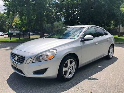 S60 T5 4dr Sedan 2012 Volvo S60 T5 4dr Sedan 84,406 Miles Silver Sedan 2.5L I5 Turbocharger Autom