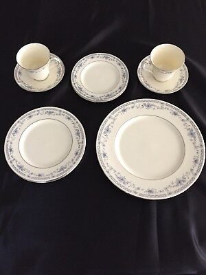 Minton Bone China Bellemeade 5 Piece Place Setting + Extra Pieces